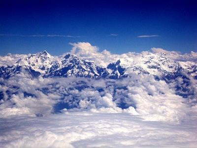 눈 덮인 네팔의 에베레스트 산