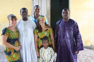 아프리카 세네갈 프로젝트 어브로드 봉사자들과 호스트 패밀리