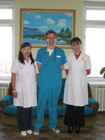 몽골의 심리학 프로젝트에 참가한 자원봉사자들