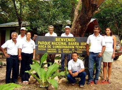코스타리카 환경보호 봉사자