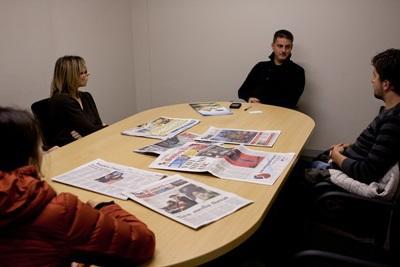남아공의 저널리즘 프로젝트에서 일하고 있는 인턴들