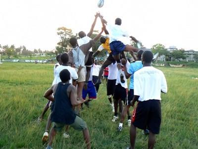 가나 스포츠 프로젝트에서 럭비 연습