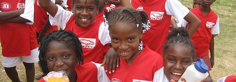 프로젝트어브로드 해외 축구 코칭 프로젝트의 학생들