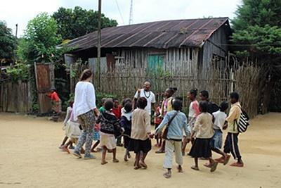 마다가스카르 겨울 스페셜 봉사활동